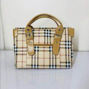 Handbags - Fashion satchel bag.